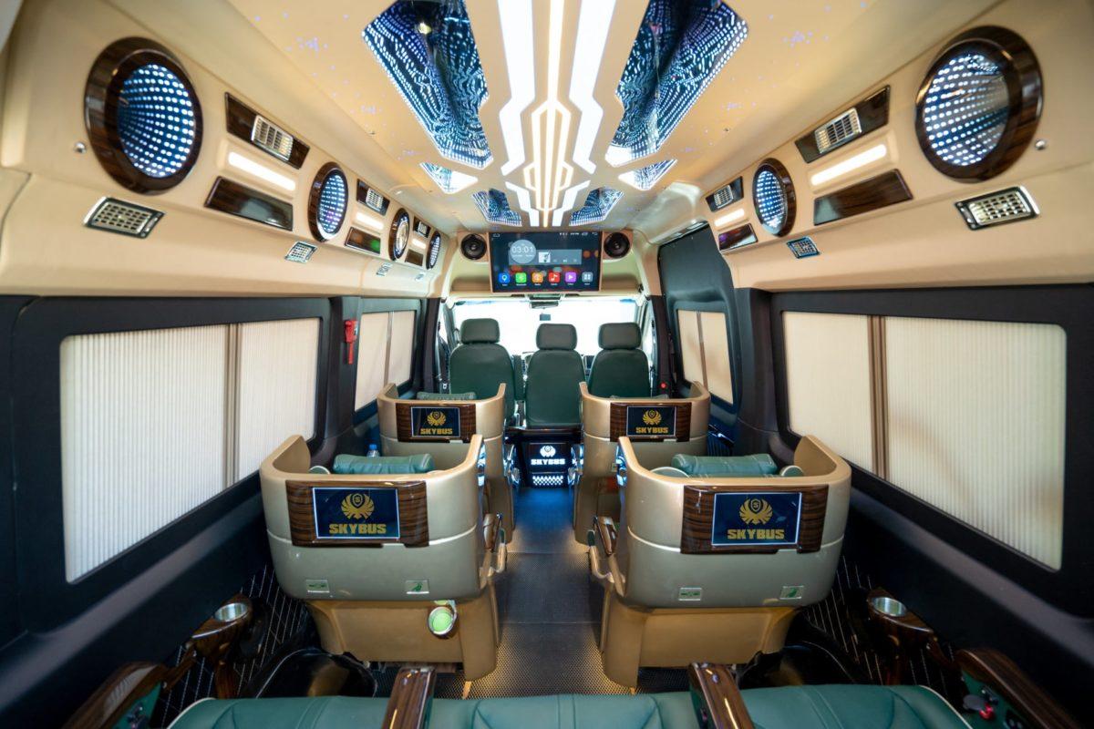Nội thất xe limousine VIE Vũng Tàu